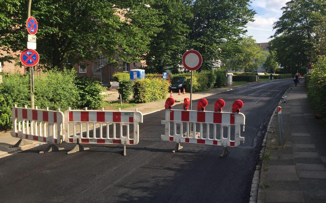 Neue Fahrbahndecken für Straßen in Rahlstedt, Meiendorf und Oldenfelde (Grömitzer Weg, 2017)