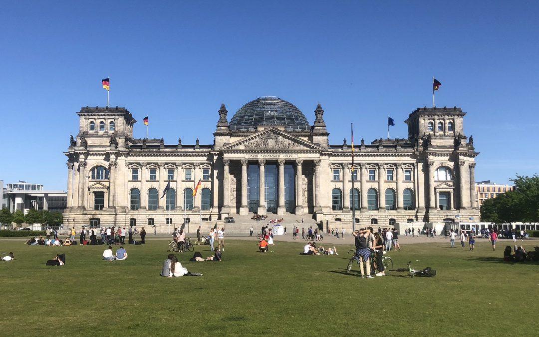 Mit Buschhüter zu Besuch bei Aydan Özoguz im Deutschen Bundestag