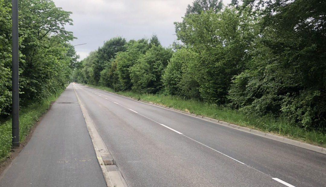 Tempo-60-Abschnitt der Meiendorfer Straße: Fahrbahn und Geh- und Radweg saniert
