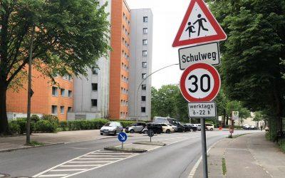 Nach Beschwerden: Fahrbahnrandparken in der Kielkoppelstraße wird verboten