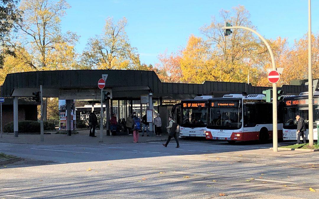 Busanlage am Bahnhof Rahlstedt soll größer und barrierefrei werden
