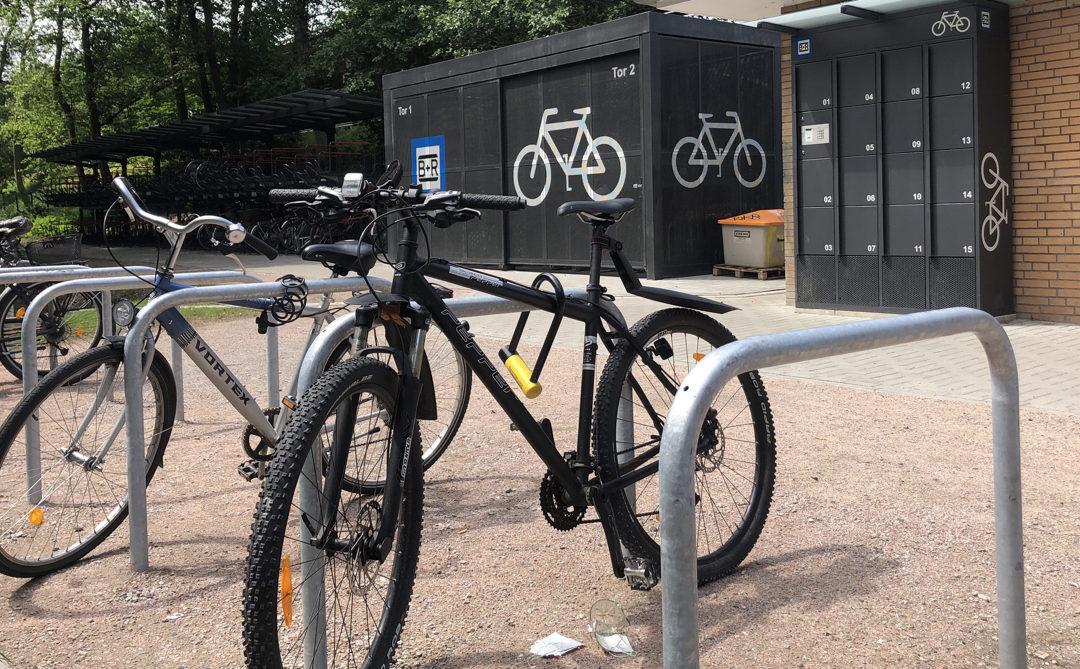 Fertig: Rund 300 neue Fahrradstellplätze an der U-Bahn-Station Meiendorfer Weg