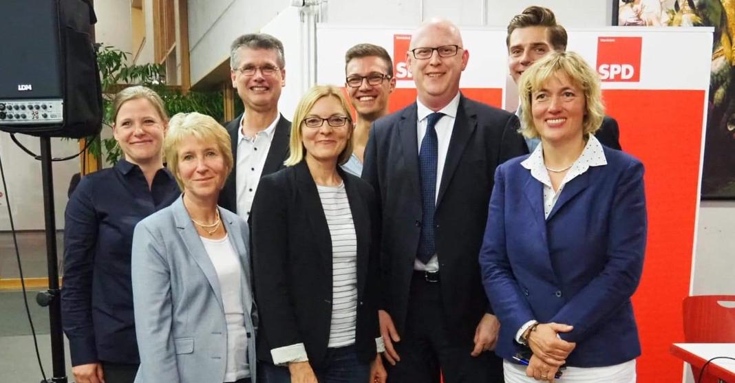 Die Kandidatinnen und Kandidaten der SPD im Wahlkreis Rahlstedt zur Bürgerschaftswahl 2020.