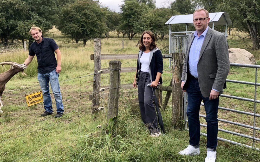 Mit Aydan Özoguz zu Besuch im Haus der Wilden Weiden