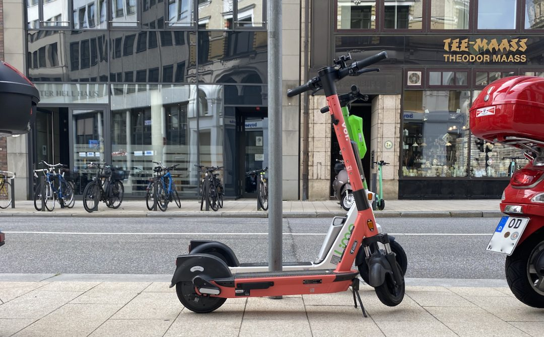Aus dem Weg: Rot-Grün fordert kommunale Regelungskompetenz für E-Scooter